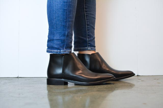 Everlane Modern Ankle Boots Review and Everlane Street Ankle Boots Review (3 of 8).jpg