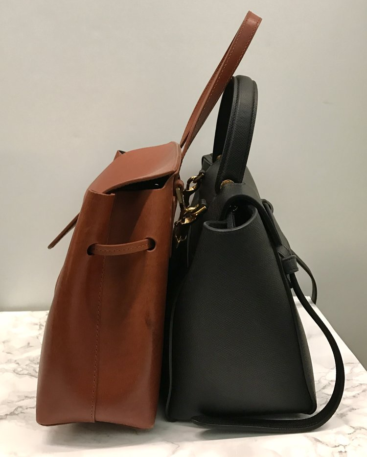 08424fb1081  January 2018 update  I ve had this bag for almost a year now and my love  for it is still going strong. I ve used this bag a lot and it has held up  ...