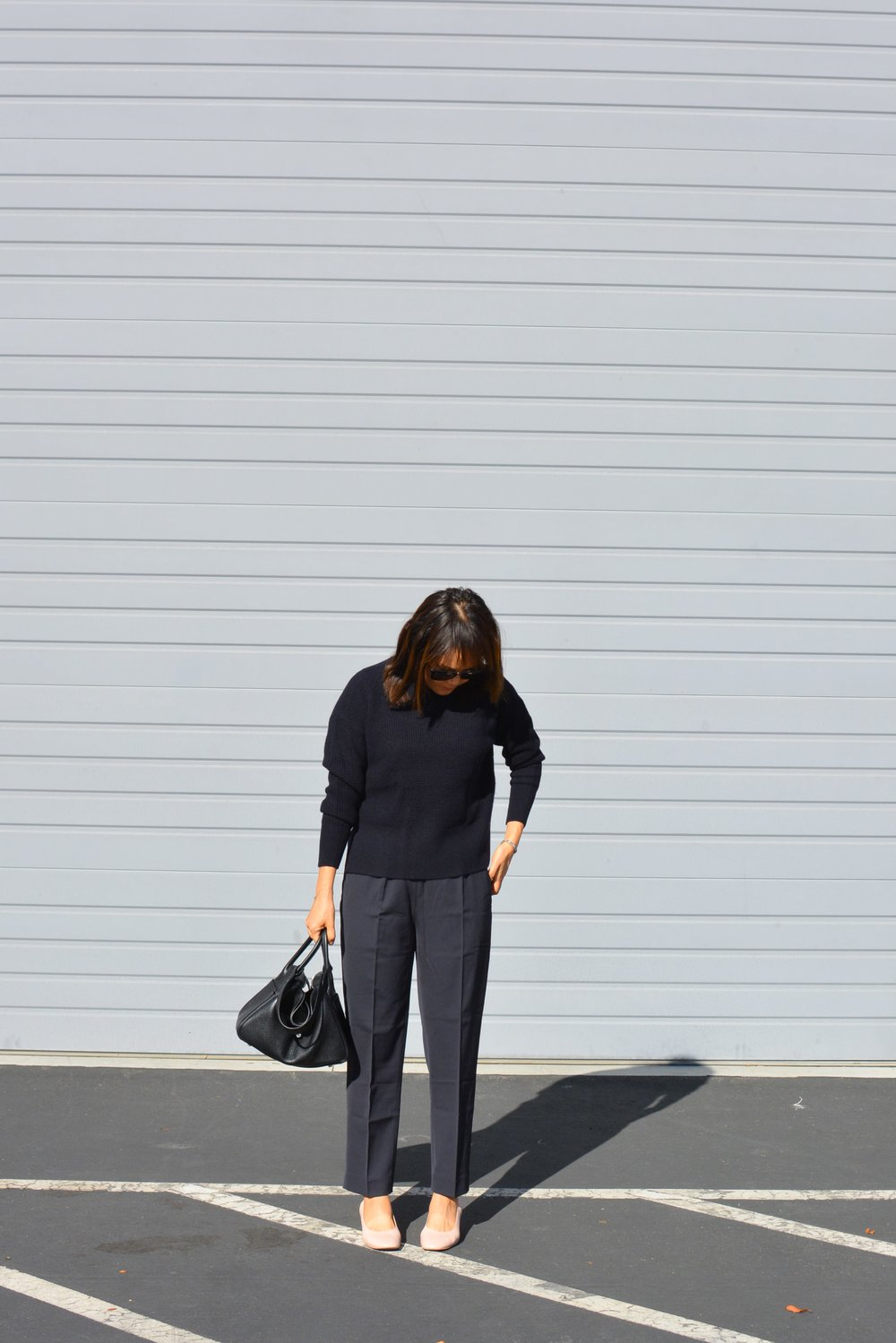 Everlane Review The Italian GoWeave Easy Pant (2 of 3)-min.jpg