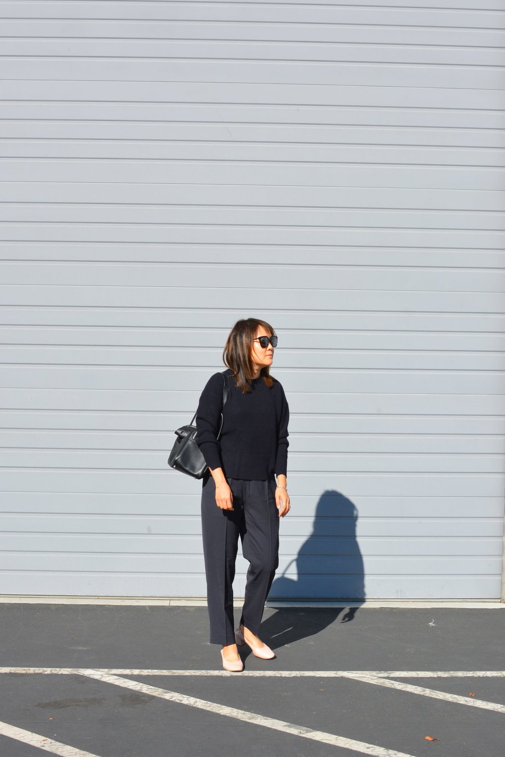 Everlane Review The Italian GoWeave Easy Pant (3 of 3)-min.jpg