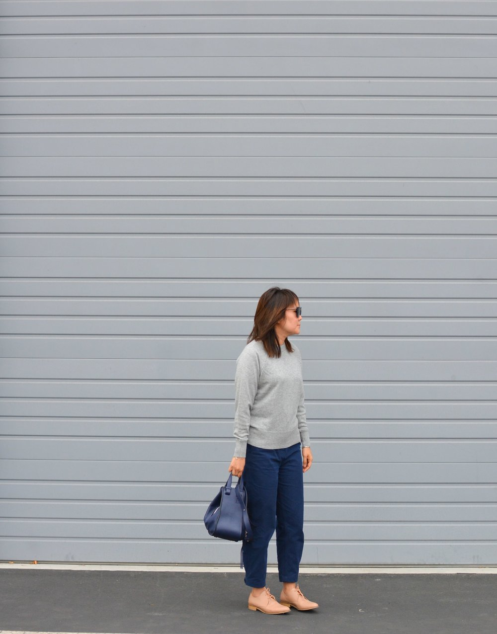 Everlane Review The Cashmere Sweatshirt (1 of 3)-min.jpg
