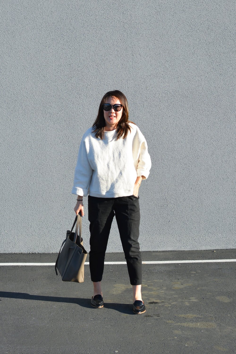 Jamie + the Jones Review Heavy Weight T Sweater (2 of 2)-min.jpg
