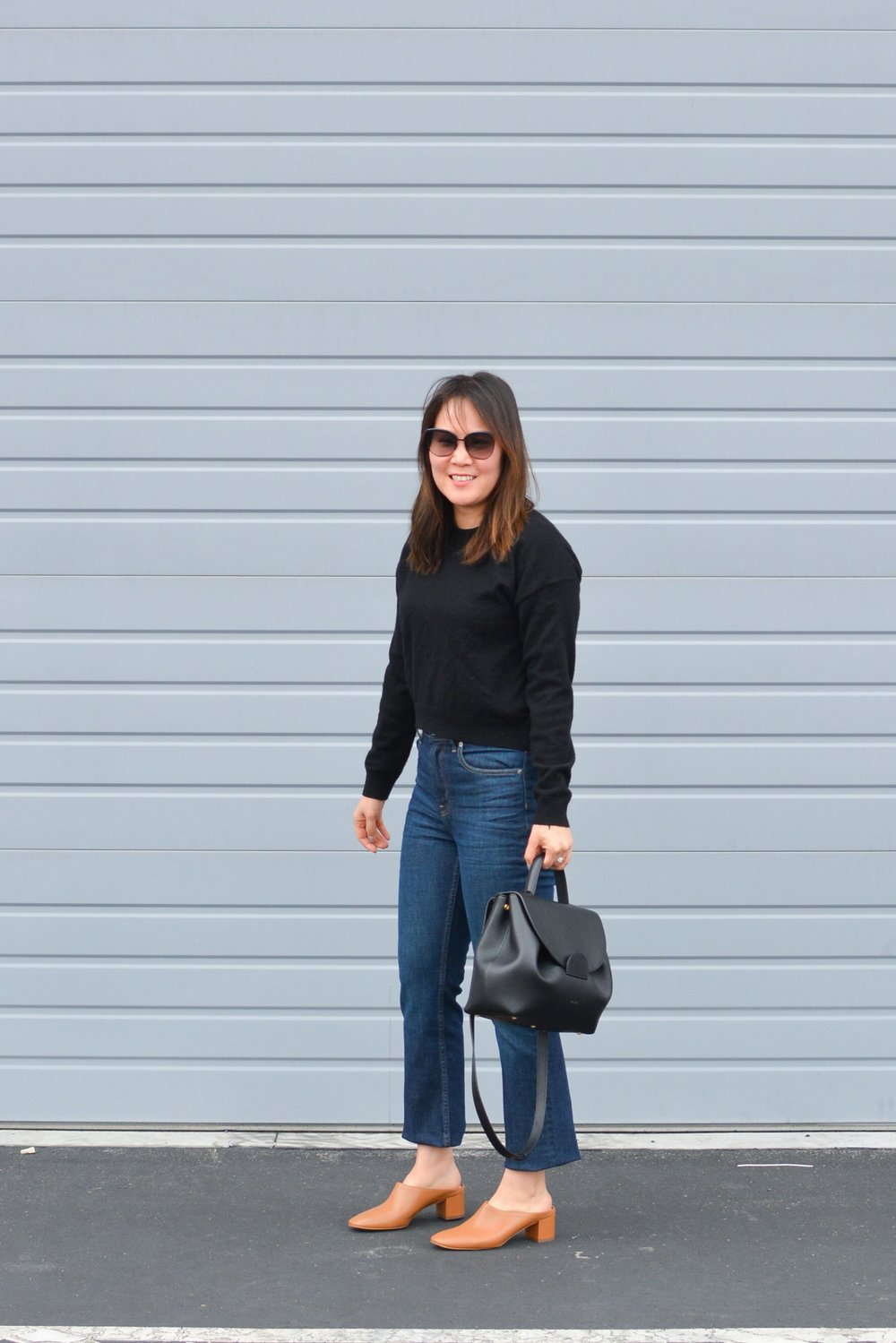 Everlane Review The Kick Crop Jeans (2 of 3)-min.jpg