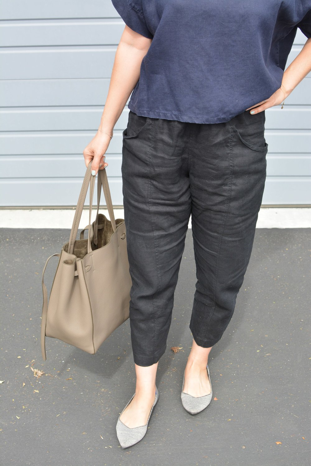Elizabeth Suzann Review linen Clyde pants (4 of 4)-min.jpg