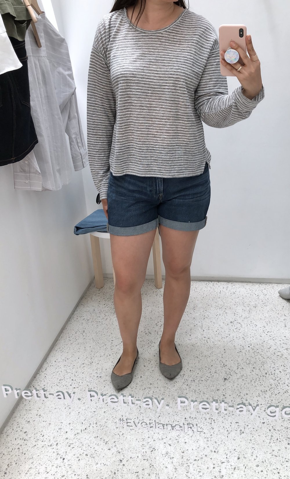 Everlane review the linen relaxed long sleeve tee