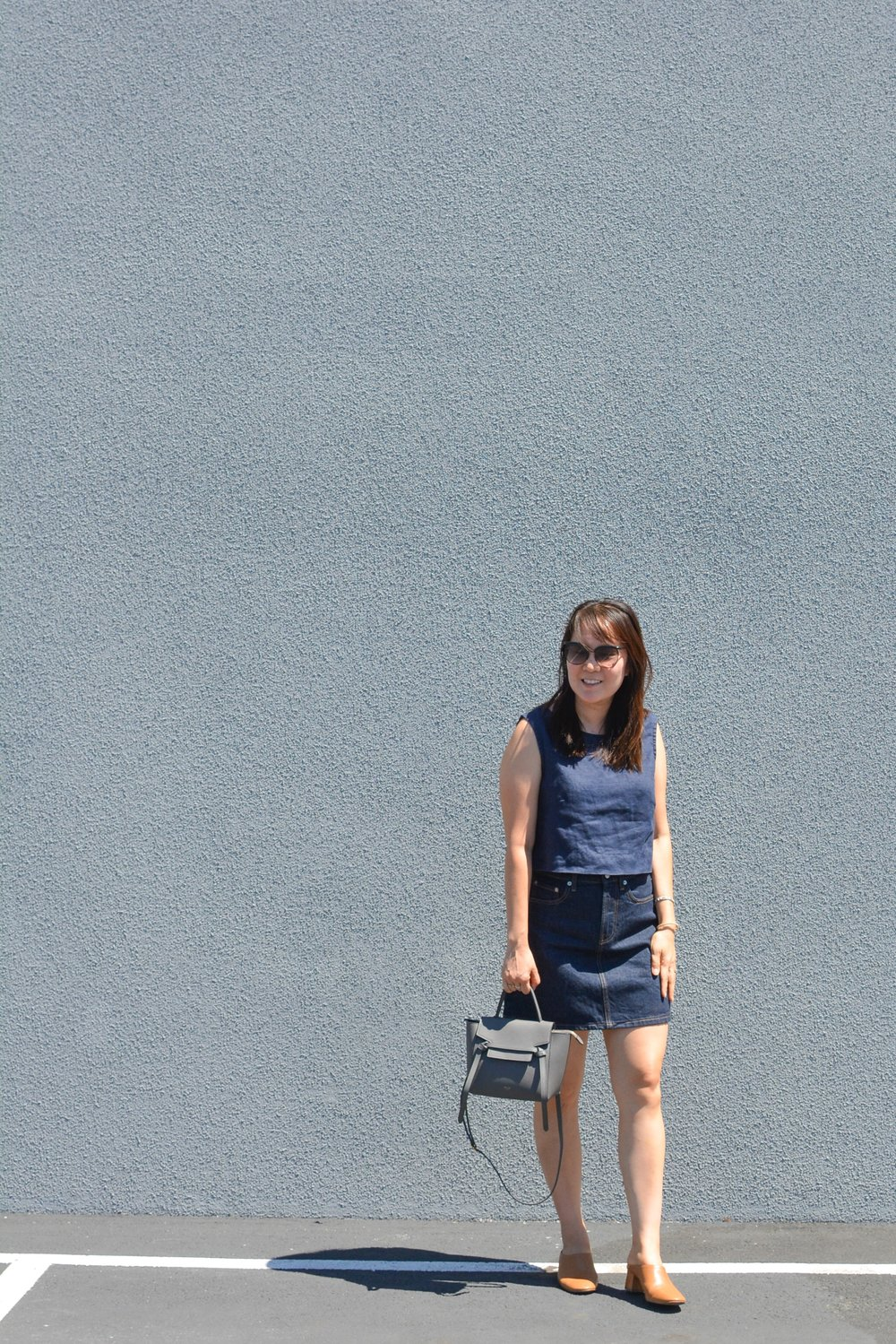 Everlane Review The Denim Skirt (1 of 3)-min.jpg