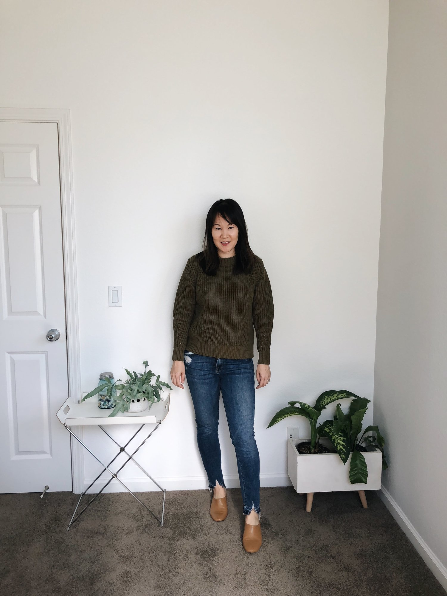 ad4b9f308d1da Everlane Review  The Texture Cotton Crew — Temporary-House Wifey