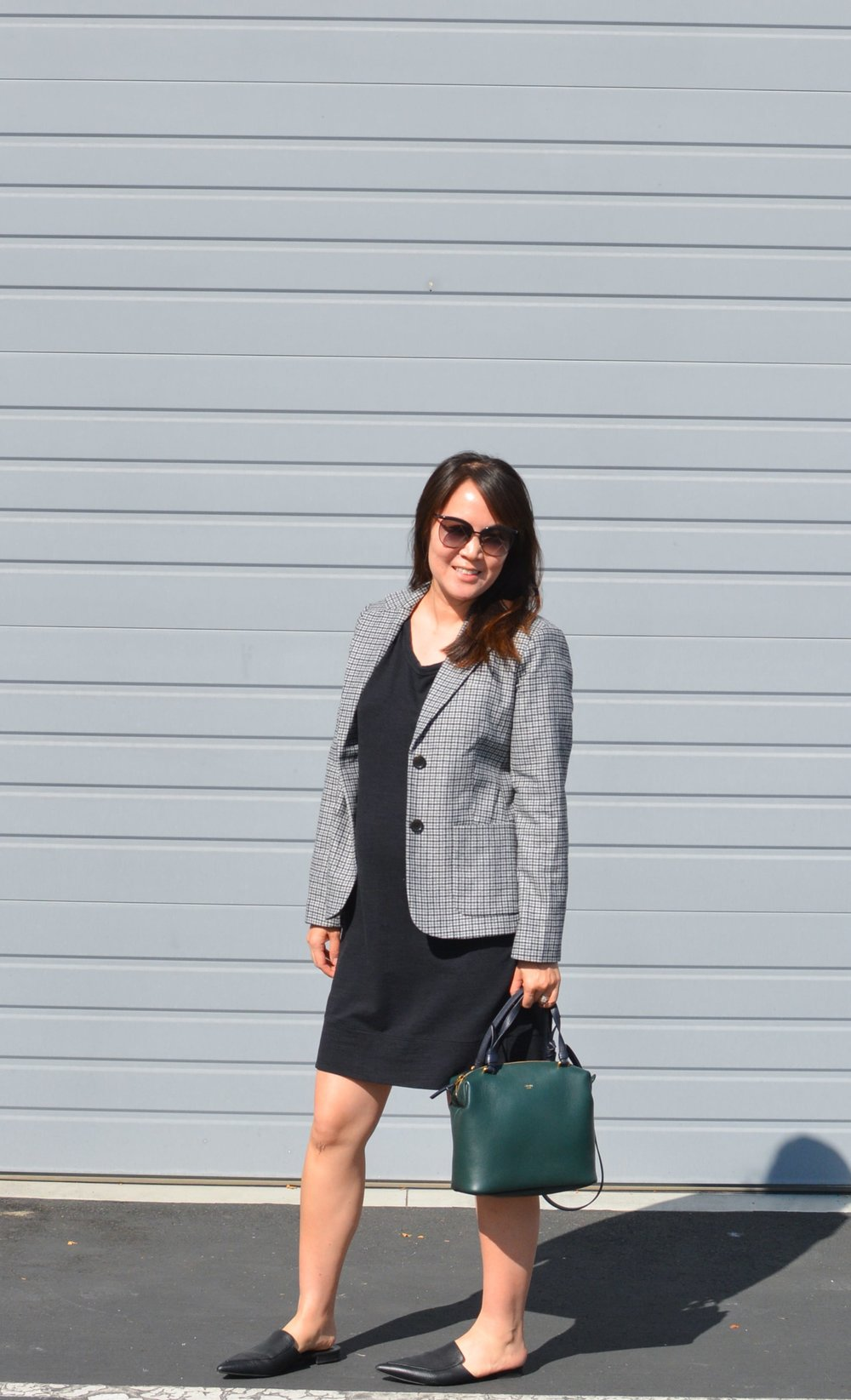 Everlane Review The Wool Academy Blazer (6 of 6)-min.jpg