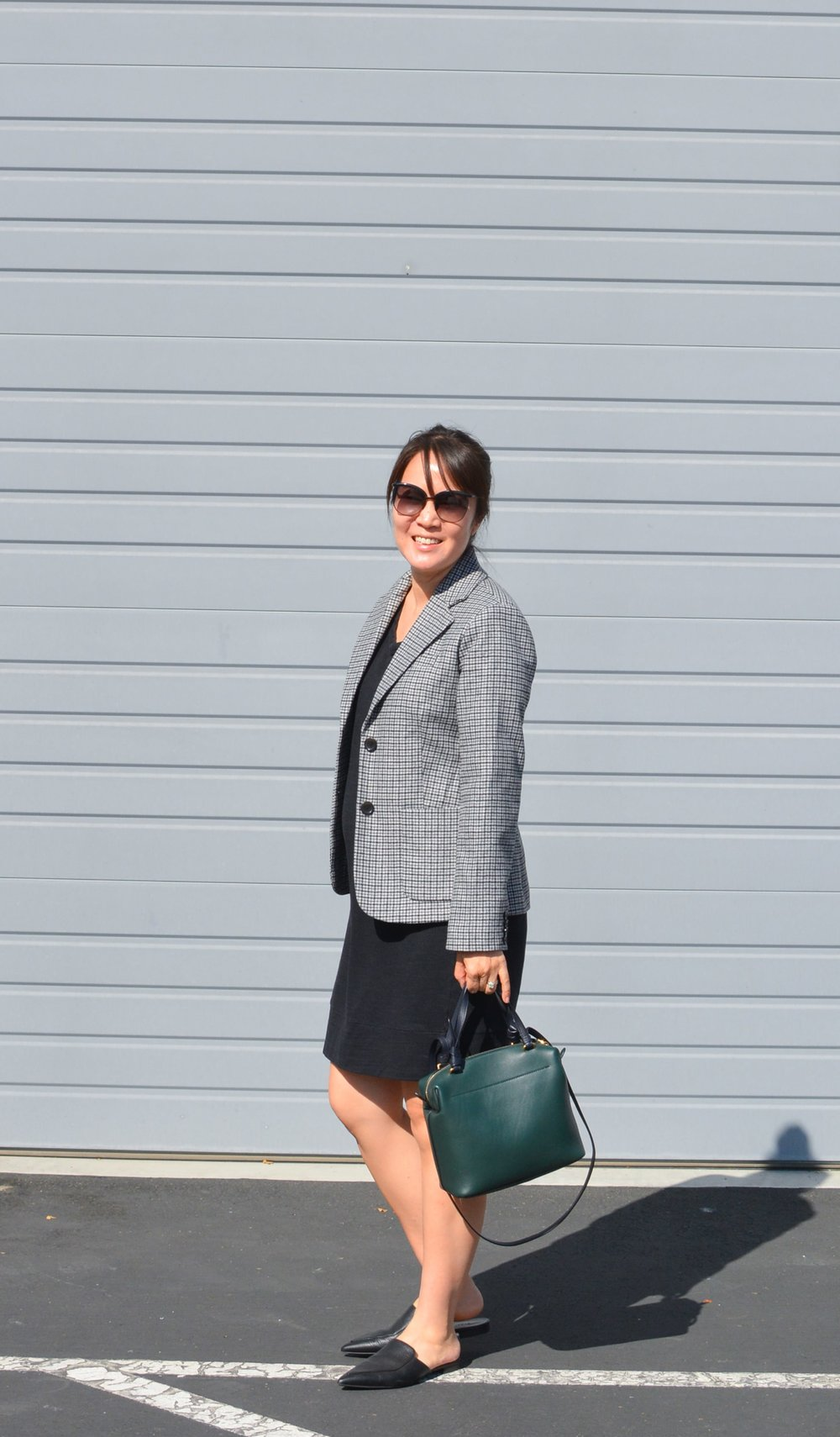 Everlane Review The Wool Academy Blazer (2 of 6)-min.jpg