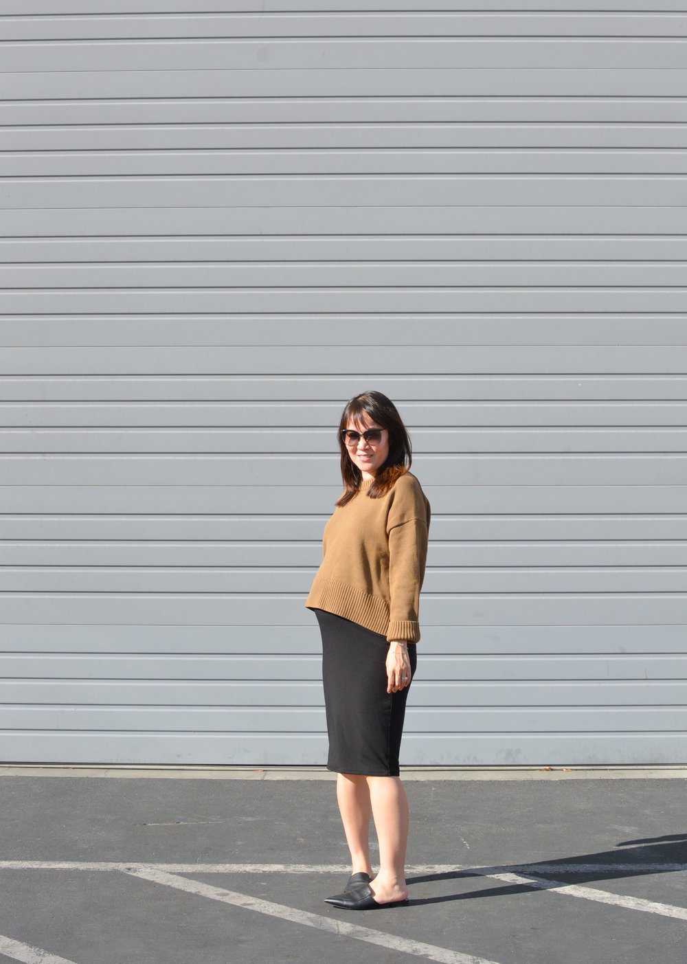 Everlane review soft cotton square crew (1 of 4)-min.jpg