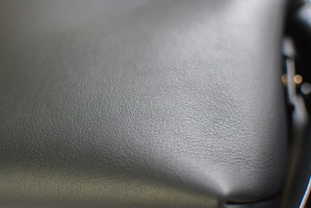 Acne Musubi bag review (2 of 2)-min.jpg
