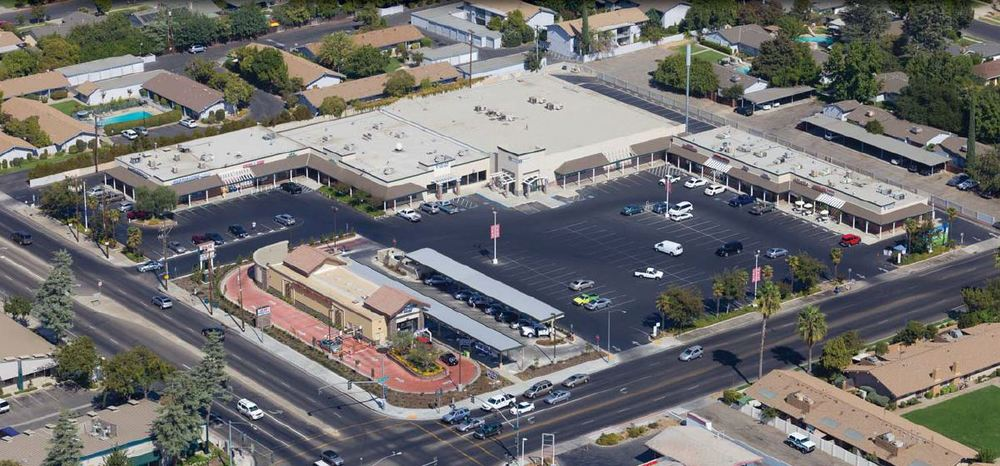 Bullard Plaza Shopping Center.JPG