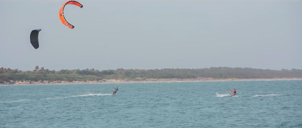 kitesurfing-race