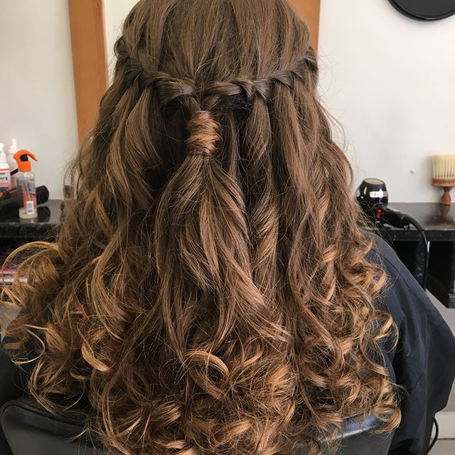 It's prom and wedding season!!! Here's some of our latest work! Done by Samantha and Joanna @trimmershairdressers #promhair #weddinghair