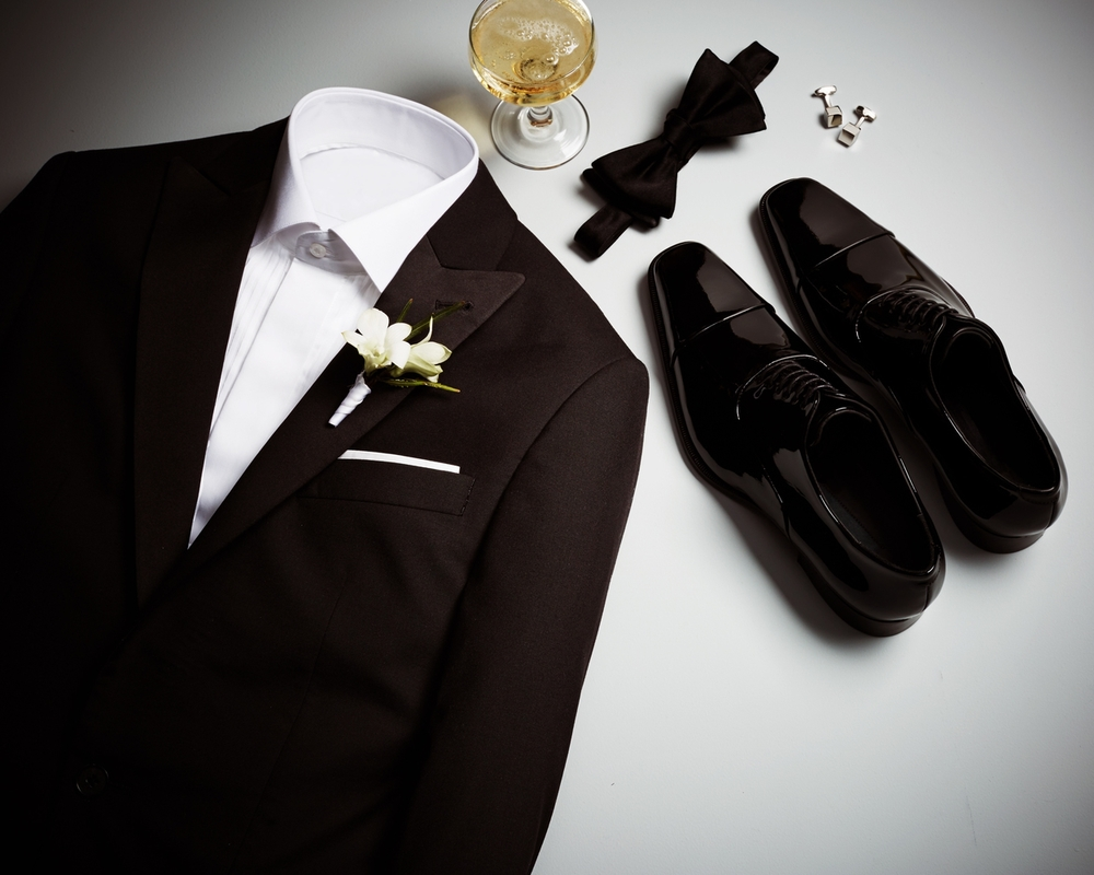 Classic_Groom_MRTW_1079714297_EDITORIAL_LAYERS.jpg