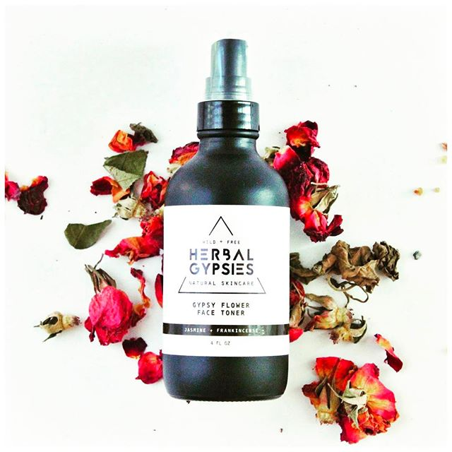 This Gypsy Flower Face Toner was a big hit. Come try it out @winescene Popup Event in West Palm Beach on Wednesday, May 10th! . . . . . . .  #winescenewpb #herbalgypsies #organic #greenbeauty #smallbusiness #womeninbusiness #localbusiness #roses #herbalife #skincare #toner