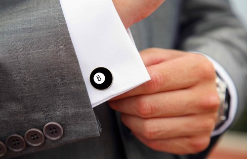 Factors To Put Into Consideration When Selecting Cufflinks