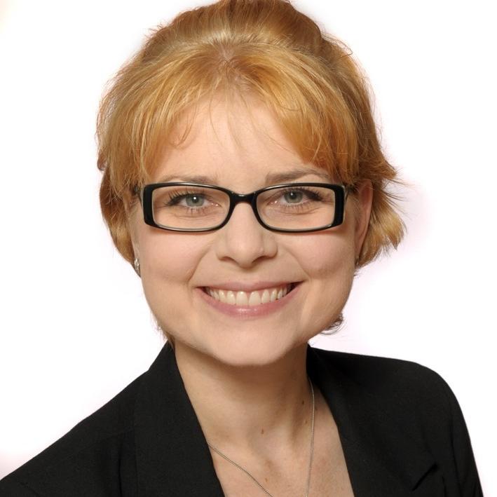 Dr. Jacqueline Bonnet   Senior Consultant  Digital Transformation   LinkedIn  |  Xing