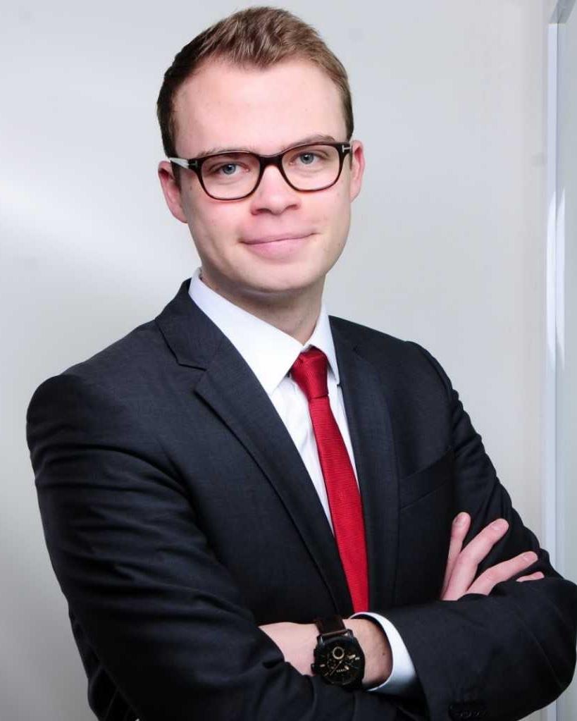 Yannic Schelletter  Senior Consultant  yannic.schelletter at finbridge.de  +49 151 1483 7150   LinkedIn  |  Xing