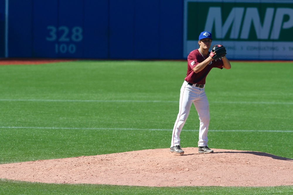 Atlantic Maroon starter Dom Tardif (Dieppe, NB) of the Metro Mudcats was outstanding against Quebec Blue. Photo: Tyler King/Canadian Baseball Network.