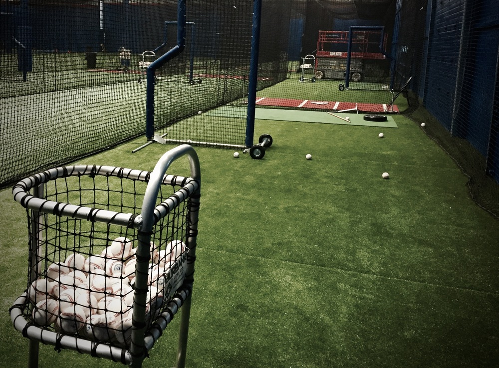 "THE CANADIAN BASEBALL NETWORK Recently RECEIVED A SNEAK-PEAK AT THE ONTARIO BLUE JAYS NEW ""CLUBHOUSE"". THE 52,000 SQUARE FOOT TRAINING FACILITY OPENS NEXT MONTH"