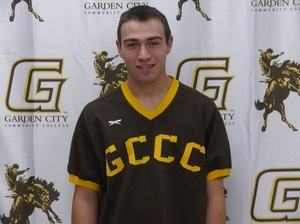 Ty Barclay (Wyoming Ont.) was 4-for-7 with five RBIs for the Garden City Broncbusters, with five RBIs.