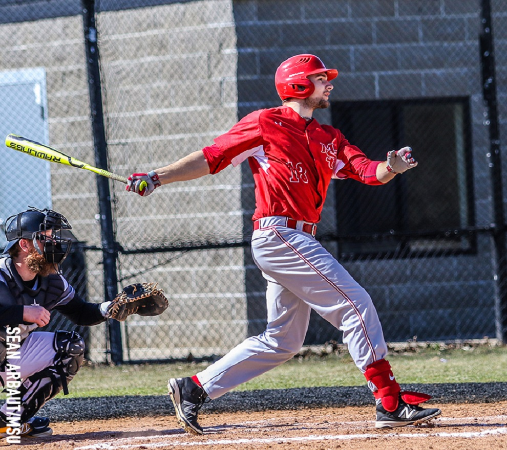 OF Jordan Schulz (Strasbourg, Sask.) of the Minot State Beavers had a week-high 16 hits, shharing top honours with INF Sean Alp (Mississauga, Ont.). Photo: Sean Arbaut.