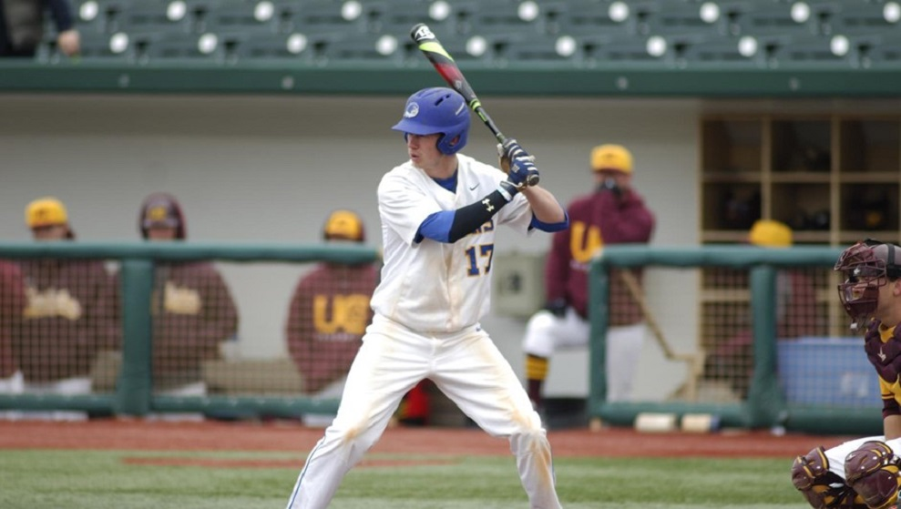OF Danny Beaver (Oakville, Ont.) had an OPS of 1.556 with four RBIs for Notre Dame (OH).