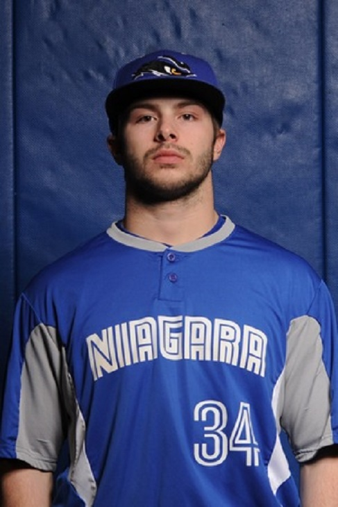 Zarley Cina (Kitchener, Ont.) went 4-for-7 with five RBIs.