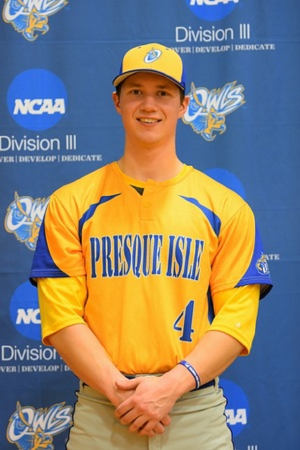 INF Ryan Sanderson (Cow Bay, NS) a hit with the Maine Presque Isle Owls.