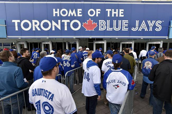 Toronto Blue Jays fans continue to flock to the Rogers Centre despite the club's poor start to the 2017 season.
