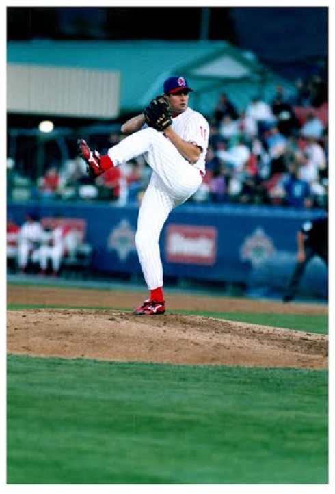RHP Ian Harvey (Oakville, Ont.) pitching with double-A Reading Phillies in 2003.