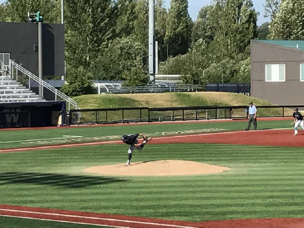 RHP David Richards (Edmonton, Alta.) pitching at the University of Washington Husky field.