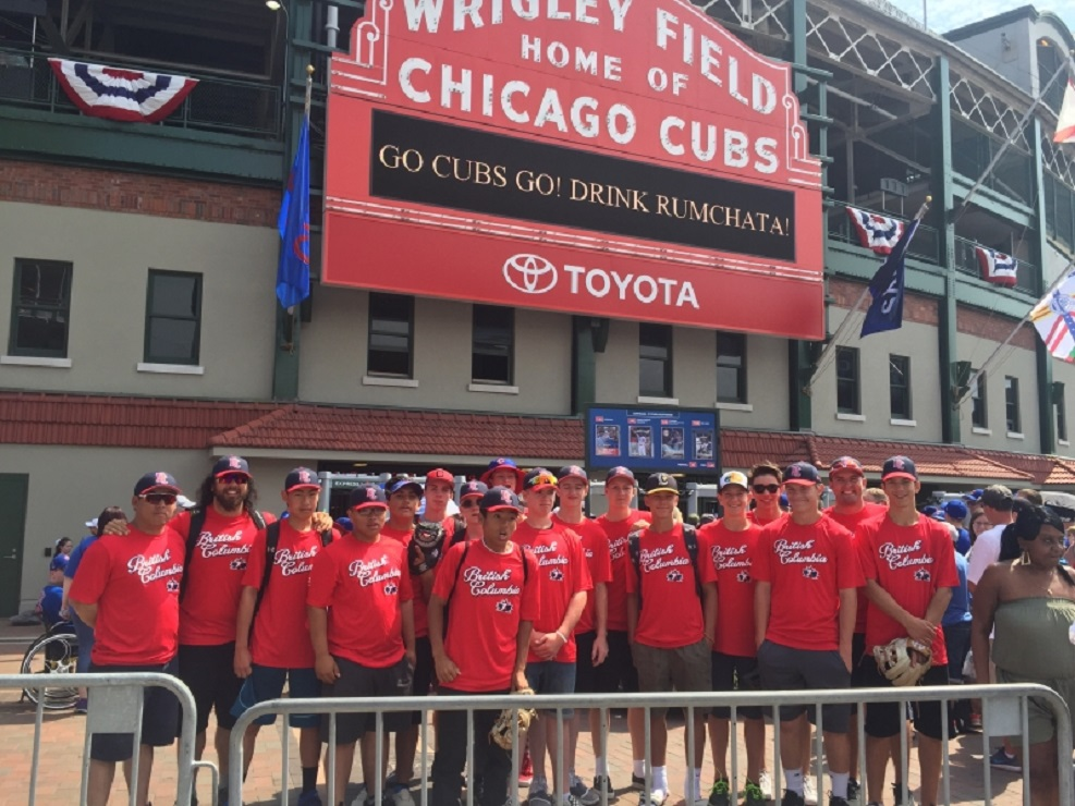 Team BC Selects 15U gather outside Wrigley Field before seeing the Chicago Cubs host the Tampa Bay Rays. Photos: Wayne Laviolette, Kumi Sugi.