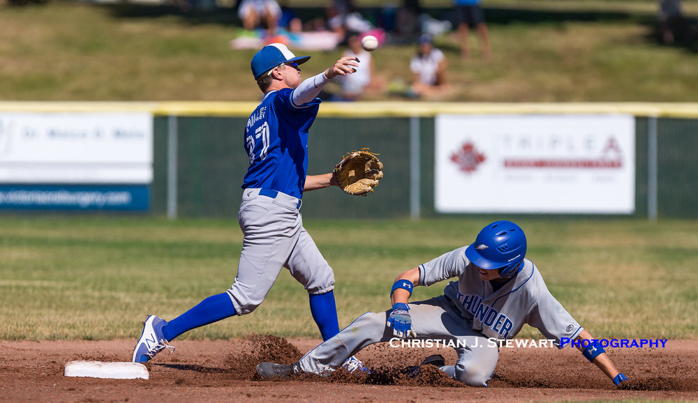 North Delta stayed close to the Thunder early with some good defence including this double play attempt by Travis Miller (Photo: Christian J. Stewart / ISN)