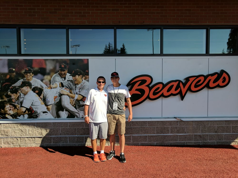 Oregon State associate head coach Pat Bailey (left) with new recruit LHP Justin Thorsteinson (Richmond, BC)