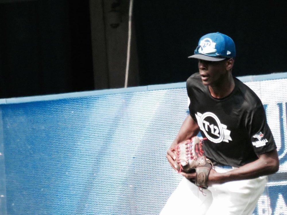 Toronto Mets OF Denzel Clarke (Pickering, Ont.) ofOntario Black