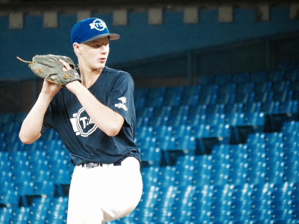 Okanagan Athletics' RHP Carter Morris (Vernon, BC) Futures Navy.