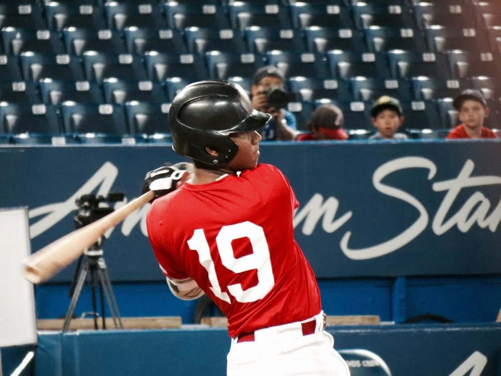 Okotoks Dawgs' LaRon Smith (Spruce Grove, Alta.) of Alberta Red.