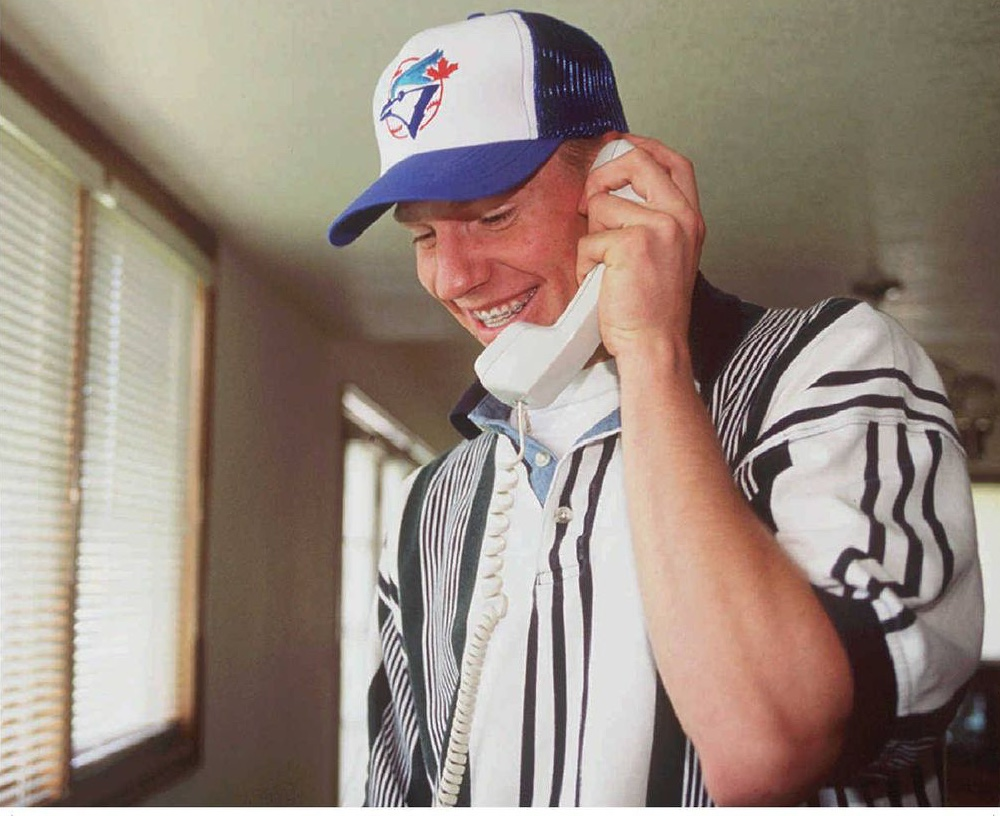 Roy Halladay gets the call that he is drafted by the Toronto Blue Jays in the first round of the 1995 draft. Photo: John Leyba, Denver Post.