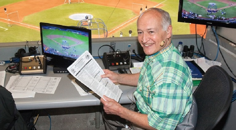 Jerry Howarth, the radio voice of the Toronto Blue Jays, will return for the 2018 season.