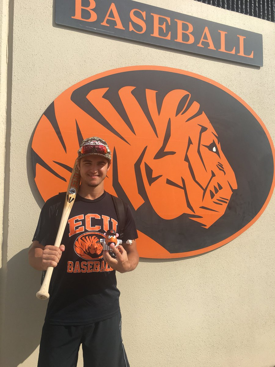 Former Ontario Blue Jays INF Bryce Dimitroff, Hamilton, Ont.) hit .333 and knocked in six runs for East Central.