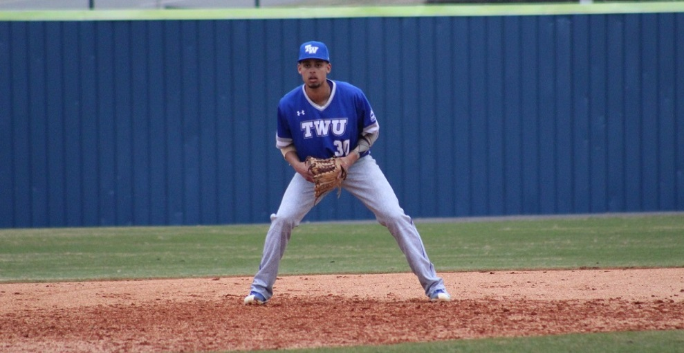OF Tristan Clarke (Brampton, Ont.) went 3-for-9 (.333) knoocking in a run for tthe Tennessee Wesleyan Bulldogs.
