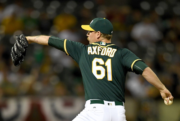 Reliever John Axford (Port Dover, Ont.) has reportedly signed a minor league deal with the Toronto Blue Jays. Photo Credit: Thearon W. Henderson/Getty Images