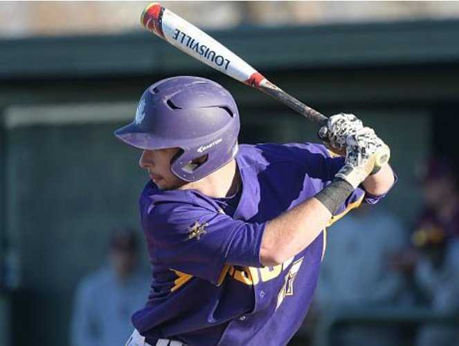 Whalley Chiefs' INF Ryan Pouwells (Surrey, BC) of the LSU-Shreveport Pilots batted .333 (2-for-6) knocking in four runs.