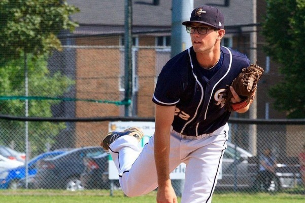 Castors de Charlesbourg's RHP Dany Paradis-Giroux (Levis, Que.) of the William Woods Owls.
