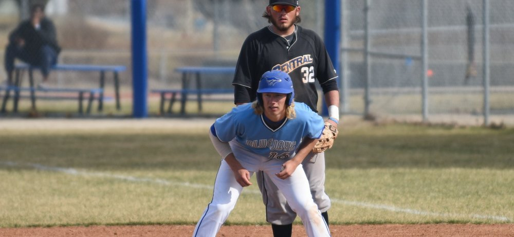 Calgary Jr. Dinos' grad Jaxson Hooge (Calgary, Alta.) of the Tabor Bluejays