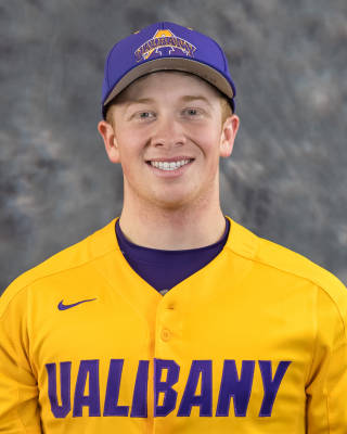 Toronto Mets' grad Ben Brown (Richmond Hill, Ont.) of the Albany Great Danes piitched two scoreless.