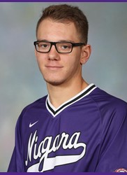 Vauxhall Jets grad Ben Erwin (Spruce Grove, Alta.) gained the Niagara Purple Eagles' lone win.