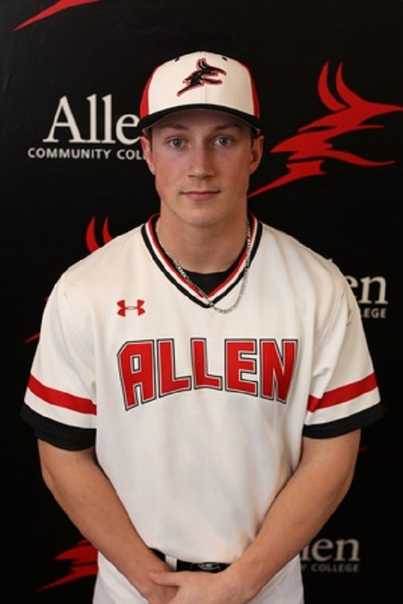 Former Victoria Mariners' Dylan Price (Victoria, BC) went 4-for-8 with two RBIs for the Allen County Red Devils.